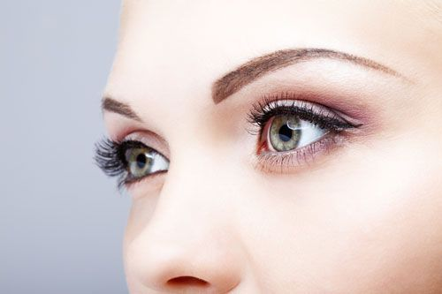 How To Make Your Eyes Look Bigger With Makeup | Urbane Women