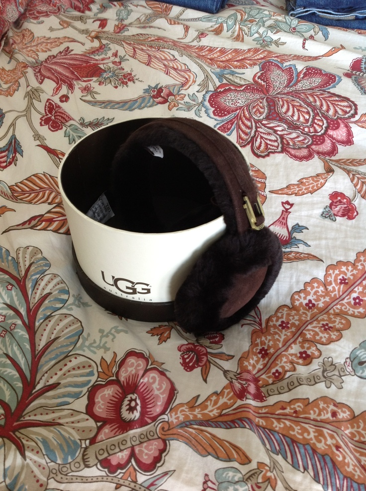 f0a8cf08eb6 Ugg Earmuffs Costco