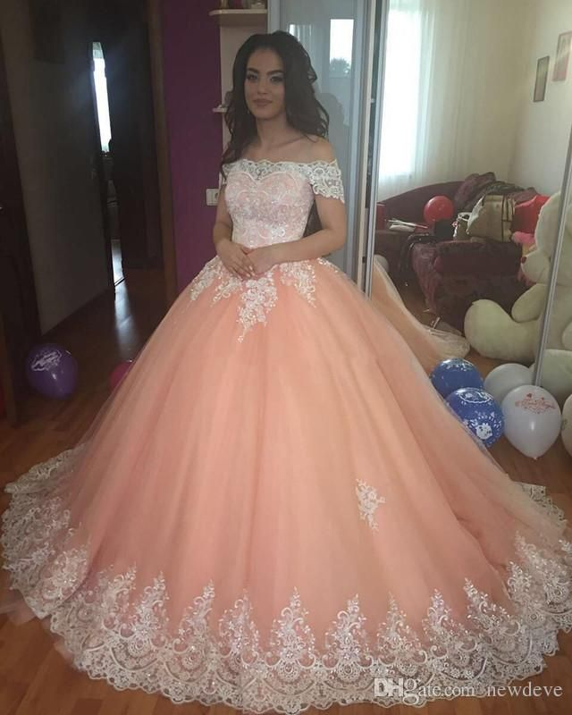 1cae5ef0d00 Lace Ball Gown Quinceanera Dresses Off The Shoulder Appliques Tulle Plus  Size Sweet 16 Dresses Short Sleeves Saudi Arabic Prom Dresses