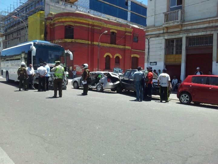 Accidente en San Ignacio con Yungay, Valparaíso.