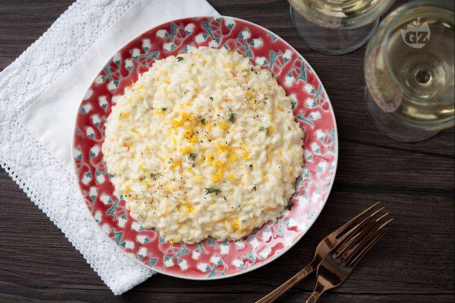 Per un San Valentino perfetto il risotto agli agrumi è la migliore ricetta da condividere con la persona amata per una serata romantica!