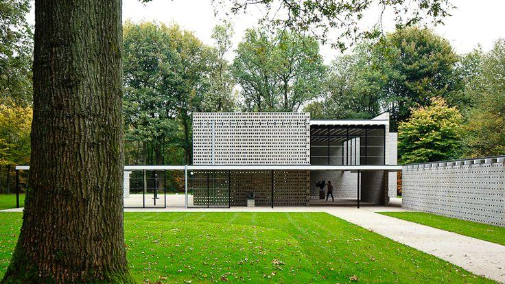 Rietveld Pavillion au jardin de sculptures Kröller-Müller à Otterlo, aux Pays-Bas,