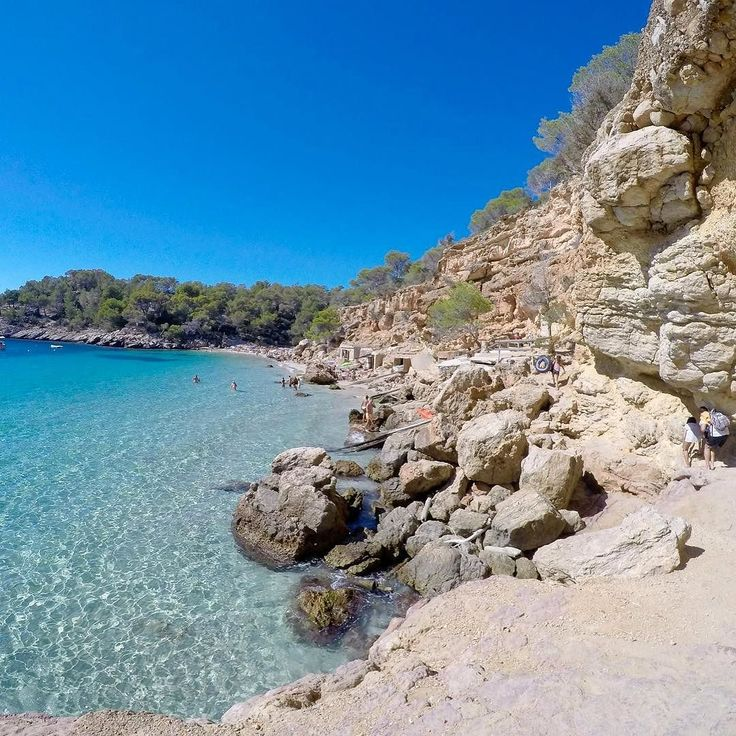 My favourite beach in Ibiza! Cala Salada of course  It was so amazing and worth scrambling over the rocks to get there! What was your favourite beach in Ibiza?
