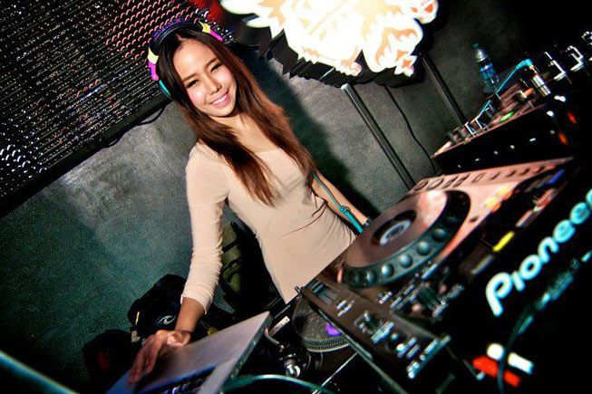 DJ Roxy June - Princess of House Music from Thailand - Latest News