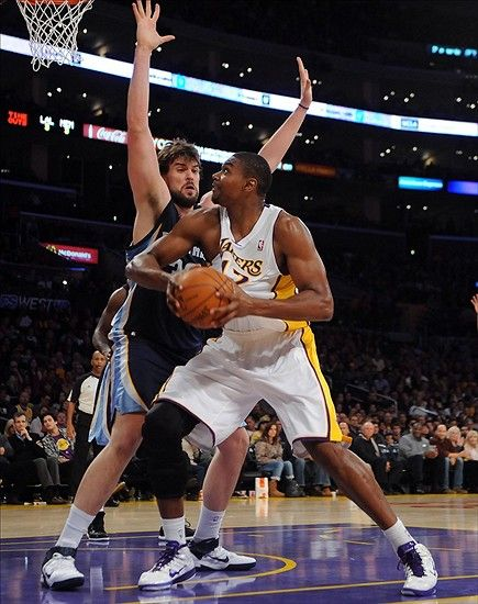 Lakers Could Face Grizzlies in Playoffs