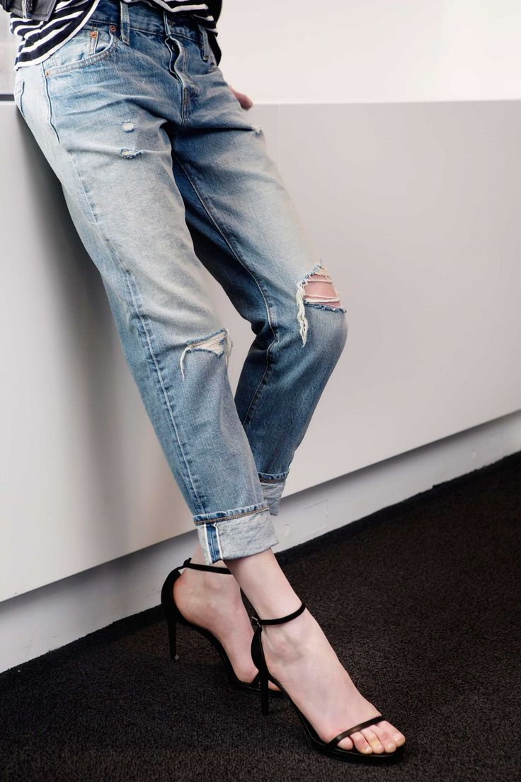 This is Octavia Bradford, denim buyer for Net-a-Porter and curator of their very nicely edited jeans selection. Like the jeans she's wearing? They're special Levi's exclusive to Net. As of today, you can buy them on net-a-porter.com. via @jeanstories