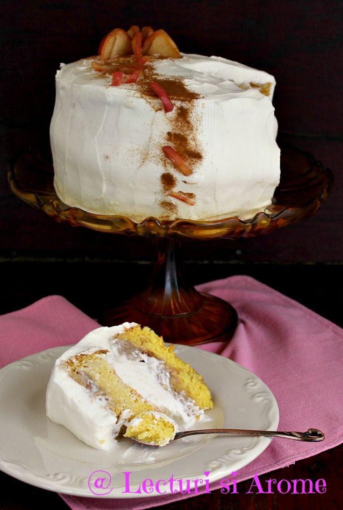 Tort cu mere caramelizate si crema de ciocolata alba