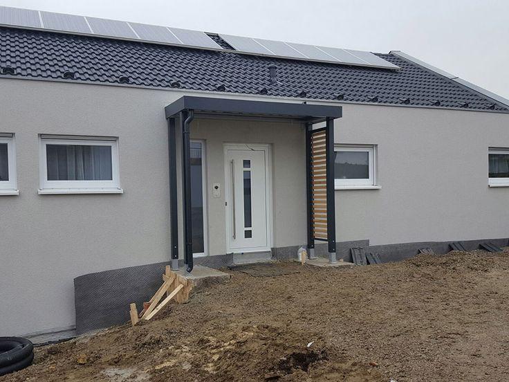 Eingangsüberdachung / Vordach von Siebau. Gebaut aus unserem Carport-System