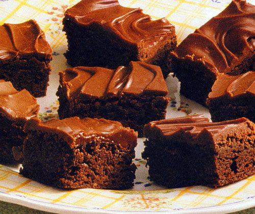 Glazed Chocolate Chip Brownies Recipe - http://www.allbakingrecipes.com/recipes/glazed-chocolate-chip-brownies-recipe/