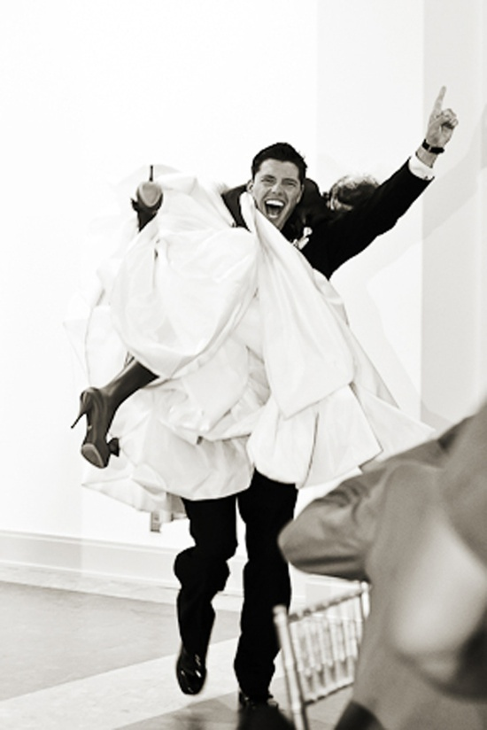That's one excited groom, I hope my future husband is that happy on my wedding day.