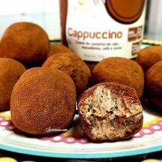 Trufas de Cappuccino e… Grão de Bico⁉️ Sim! Além de excelente fonte de proteínas vegetais, o grão de bico é super versátil na cozinha e pode ser utilizado em preparações  salgadas ou doces.  Confira esta combinação criativa que a Flávia Machioni (@lactosenao) compartilhou com a gente no Blog Nutrichefs Bioporã: ✔️www.nutrichefsbiopora.com #bioporã #naturaldeverdade #nutbutterbrasil #semlactose #nutrichefsbioporã #cozinhacriativa