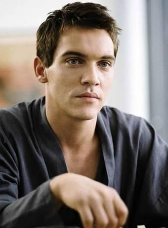 Jonathan Rhys Meyers is a very pretty man.