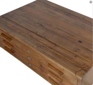 """Soffbord """"Numbers"""" med tre lådor i massivt trä. Gjord i massiv alm Naturfärgat med antikslitningar 42 cm hög 130 cm bred 85 cm djup Monterad från Manorstyle.se"""