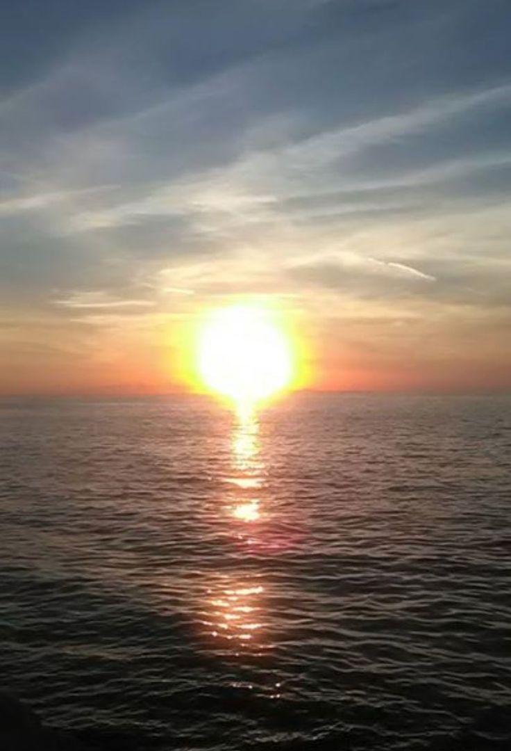 Ηλιοβασίλεμα μαρίνας Πάτρας-Greece (KT)