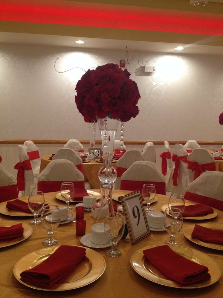 Red Silver Black Sweet 16 Decorations