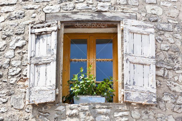 franse huizen met luiken - Google zoeken