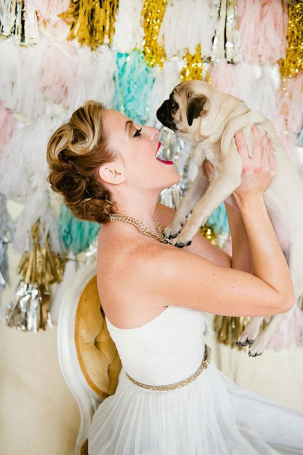 awww my two faves weddings and pugs now will someone ask me to marry them and get me a pug?