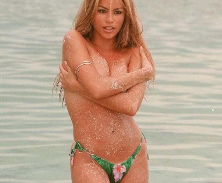 Filtran topless de Sofía Vergara a los 25 años. Imágenes ponen de manifiesto despampanante belleza