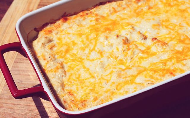 Chesapeake Bay Crab Dip - Ingredients: 1 pt. sour cream 1 lb. cream cheese 1 cup cheddar cheese 1 lb. lump crab meat 1 T. mustard 1 T. worchestershire 1 T. mayo 1/2 T. old bay 2 t. texas pete hot sauce salt and pepper Preheat oven to 375 degrees. In large bowl mix all ingredients except crab. Fold in crab. Spoon crab mixture into a 9×13 baking dish, top with additional cheddar cheese, bake 30-40 minutes