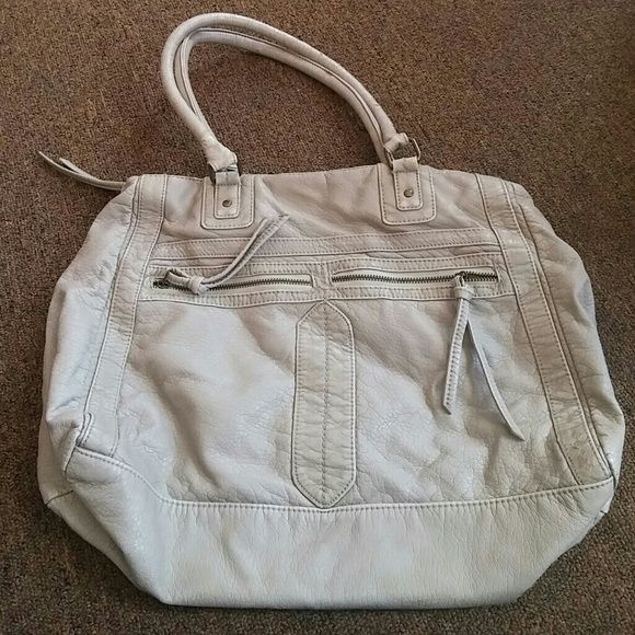 Beautiful converse bag?? Grayish color a little wear in tear nothing dramatic?? Converse Bags