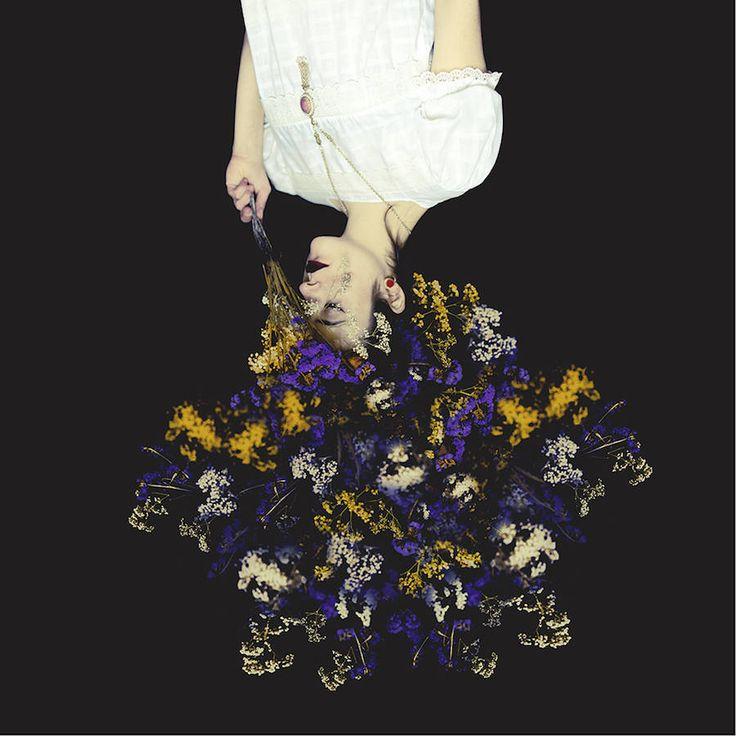 Sanatlı Bi Blog Çiçeği Sev, Kafayı Koru, Şiiri Unutma - Şiirsel Çiçekli Portreler 1