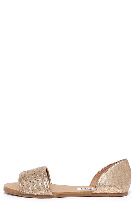 Steve Madden Taylerr Dusty Gold Flat Sandals at Lulus.com!