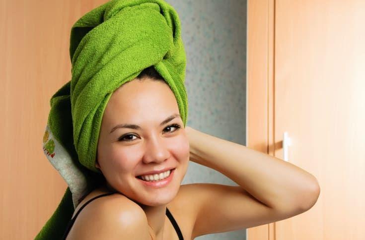 DIY: This Baking Soda Shampoo Saved My Hair