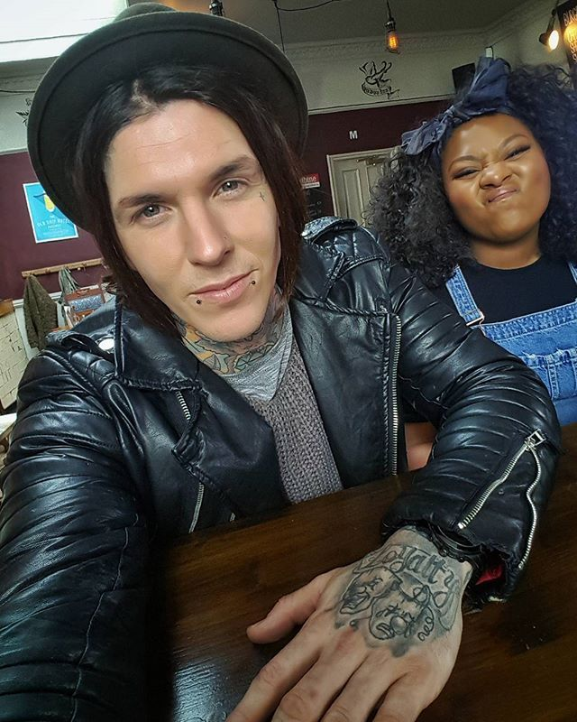 me and this one for morning tea (: #tattoofixers #sketchreppinink catch us live tonite on facebook !!!