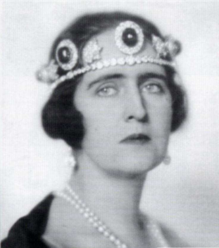 lurking in the wrong folder a great close up of Queen Elisabeth of Greece wearing three of the large emeralds