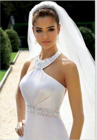 свадебные прически пучки с фатой - Поиск в Google