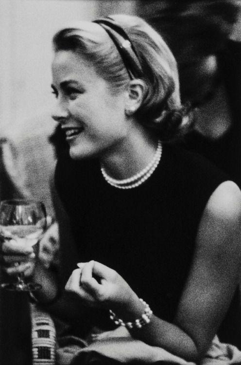 Grace Kelly, Cannes 1954 (Edward Quinn)