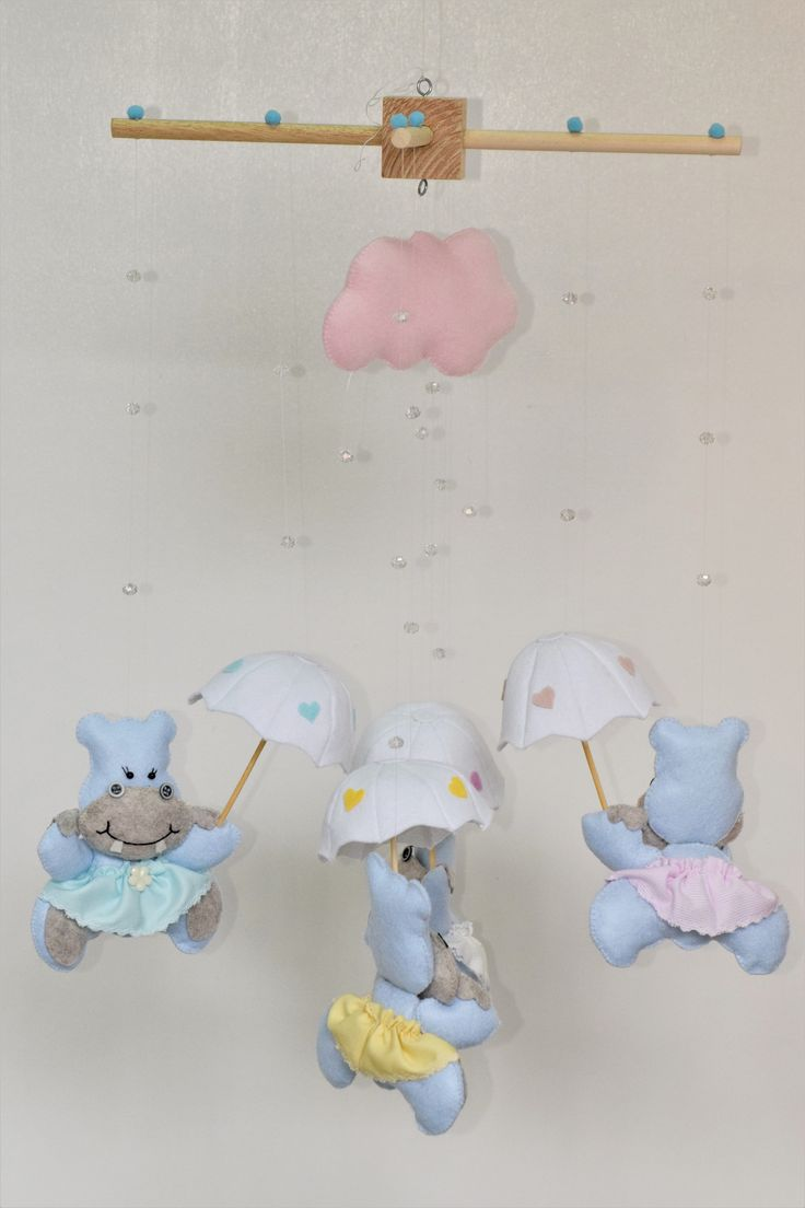 BABY MOBILE WITH HIPPOGIRLS UNDER THE RAIN
