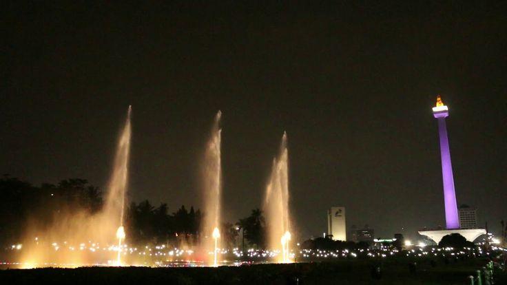 Air Mancur Menari Monas Jakarta