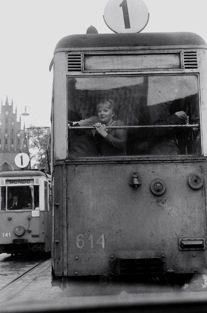 Poland. Warsaw, 1964 // Photo: Elliott Erwitt
