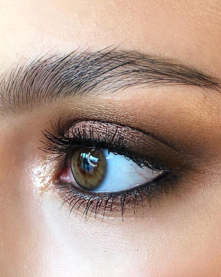 Weiche Metallic-Kupfer Smokey Eyes 🎇 @maccosmeticsturkiye Amorous Alloy Eye Sha …   – Makeup