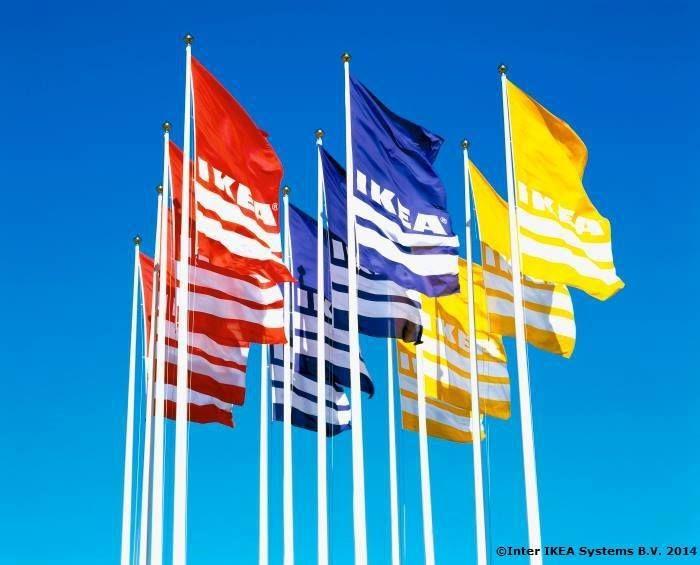 2004 – Prva robna kuća IKEA u Portugalu otvorena je u Lisabonu.