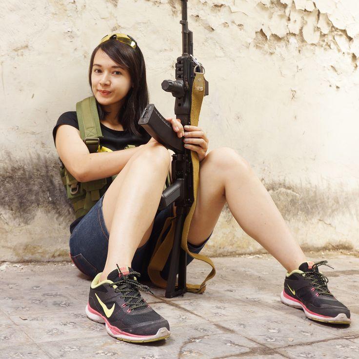 airsoft girl, girls army, tacticool girl, milsim operator, gun & girl, semarang skirmish team, AKS-74, airsoft international, cosplay girl, kunticamp semarang, icha swan, badass girl