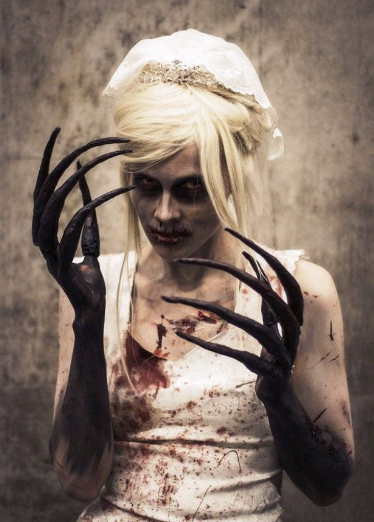 Best 25+ Horror halloween costumes ideas on Pinterest | Awesome ...