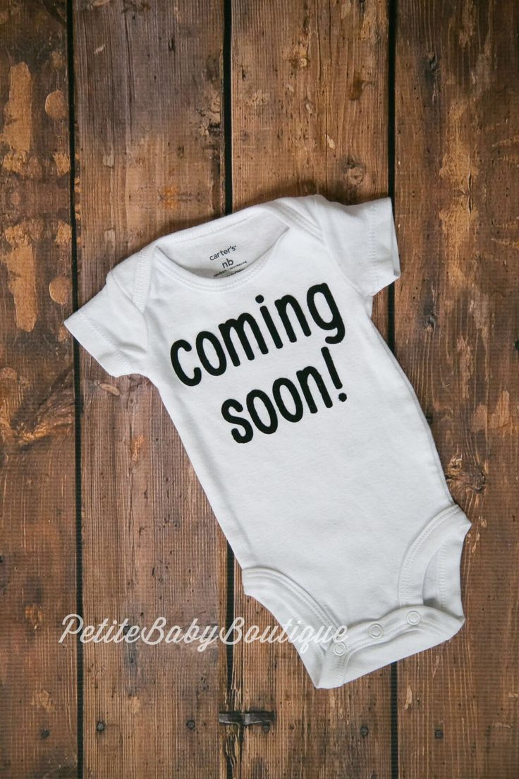 "Coming Soon! Baby Anouncement Bodysuit! Coming home outfits! ""Coming Soon"" birth anouncement. Baby announcement by PetiteBabyBoutique on Etsy https://www.etsy.com/listing/505270066/coming-soon-baby-anouncement-bodysuit"