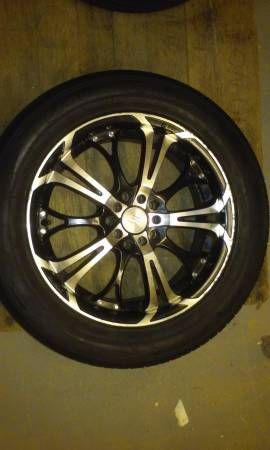 4 17″ rims with tires and snow tires