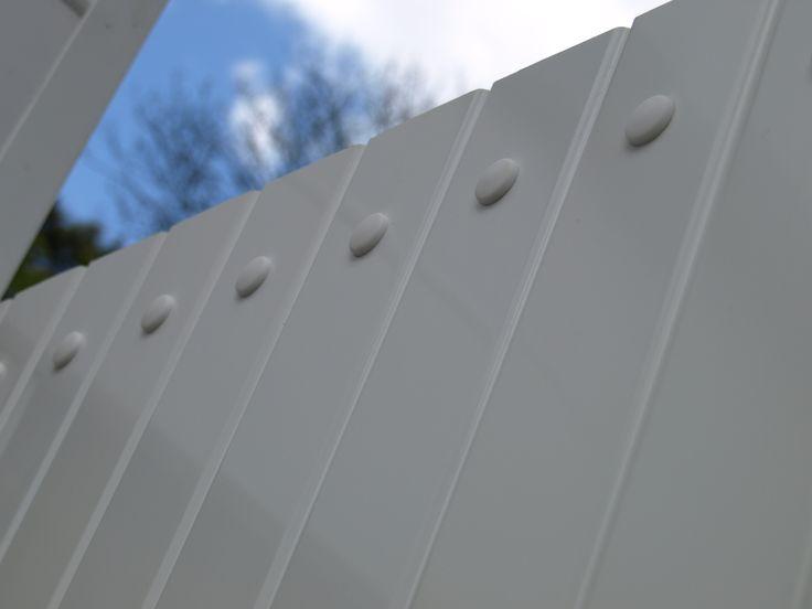 Fensys UPVC gate plastic rivet system
