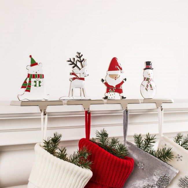 19 Best Images About Christmas Stockings Mantle On Pinterest Mantels Mantles And Decorating Ideas