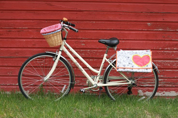 Fawn and Flower: DIY Panniers