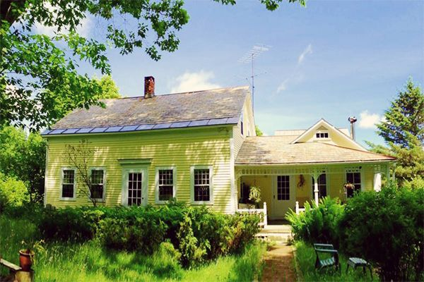 11 Dreamy Farmhouses For Sale