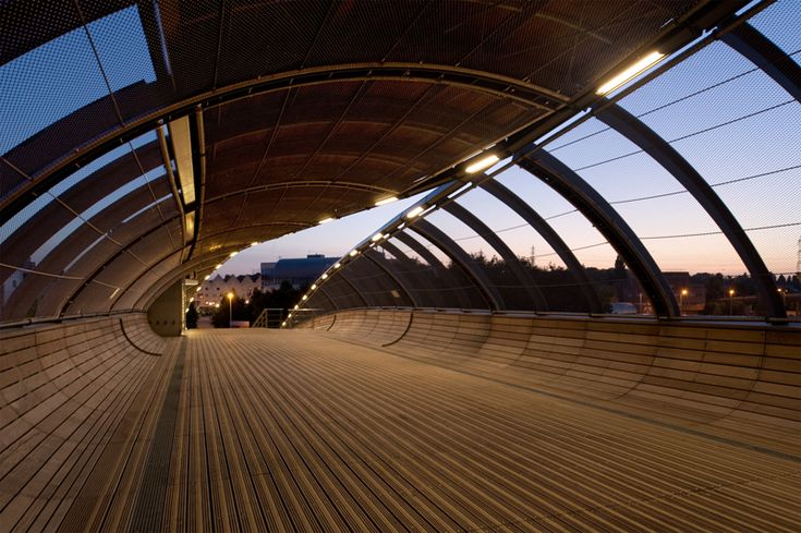 Footbridge over the railways, Villetaneuse