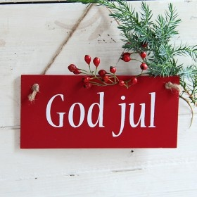 Great sign ~ could make Merry Christmas! Love the beautiful red with the white letters and the sprig of pine and berries.