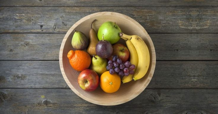 Do you have a sweet tooth? And does that seem at odds with your plans to lose weight? It doesn't have to be! That's because fruit too can be a good ally in your plans to lose some pounds. You just need to pick smart. By knowing which fruits have a high glycemic index and should be avoided, or which ones can actually improve your lipid profile, you should see a change on the scales too!