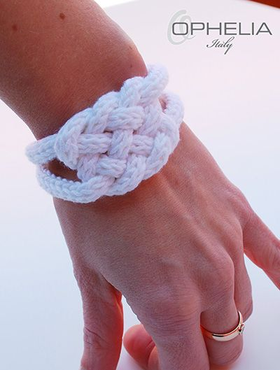 Come realizzare in pochi passaggi il nodo celtico e ralizzare un grazioso bracciale