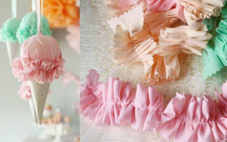 Conos de helado hechos de papel, unicel y tela  para colgantes y decorar una fiesta infantil. Sencillos y lindos