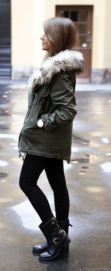 #winter #fashion / military green jacket + faux fur